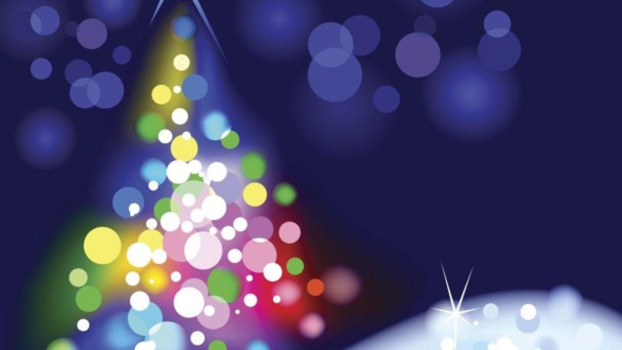 Auguri Di Natale Carini.Dove Scaricare Video Con Auguri Di Natale 2017 Ed Inviarli Tramite Whatsapp Chiccheinformatiche